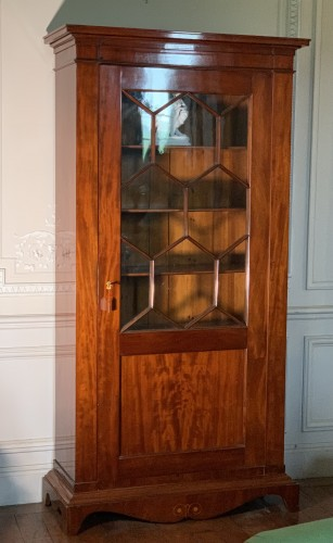 Bookcase in Light mahogany, Sweden, circa 1840 - Furniture Style Restauration - Charles X
