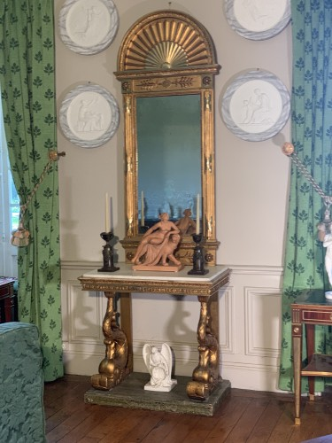 Delphins Consoltable with mirror , Sweden circa 1800 - Furniture Style Empire