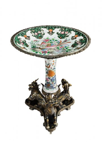 Maisons Marnyhac and Samson. Porcelain and Bronze Pedestal table