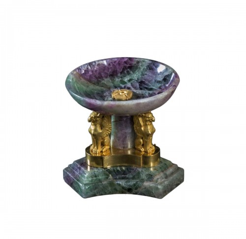 Small spath fluor tazza with ormolu monts
