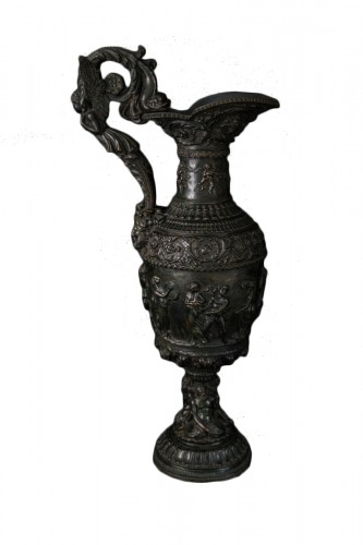 Bronze ewer, late 19th century