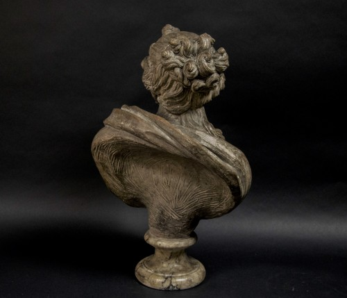 18th century - 18th century Terracotta nymph bust