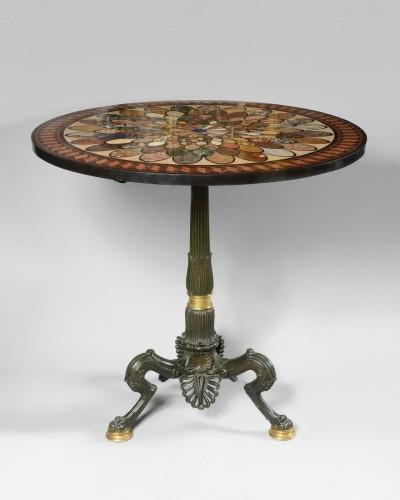 Pedestal table circa 1840 -
