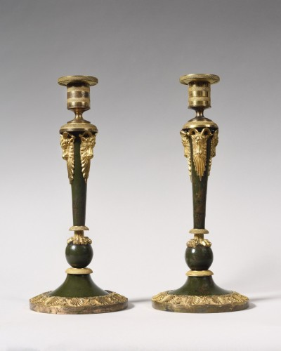 Pair of Russian lacquered bronze candlesticks, 18th century - Lighting Style