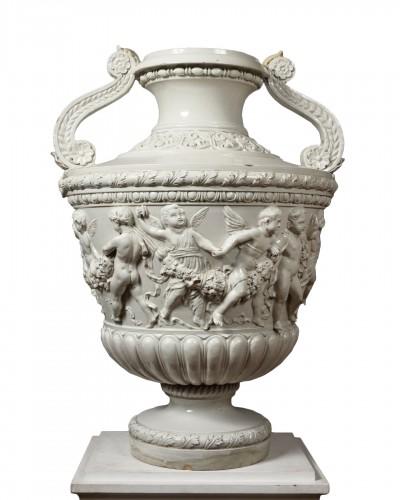 Large White Faience Vase - Giuseppe Cantagalli