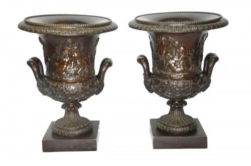 Pair of bronze Medicis Vases