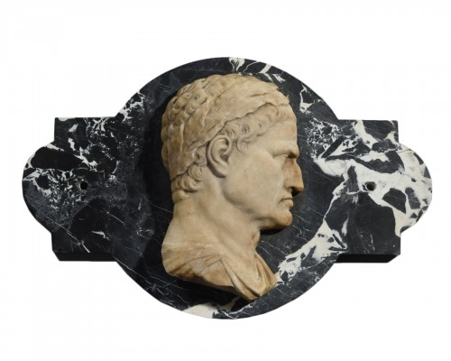 Marble Profile Of Emperor Galba - 18th Century