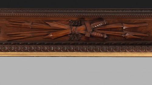 Pietro Giusti (1822-1878) - Walnut frame carved with military attributes  - Mirrors, Trumeau Style Napoléon III