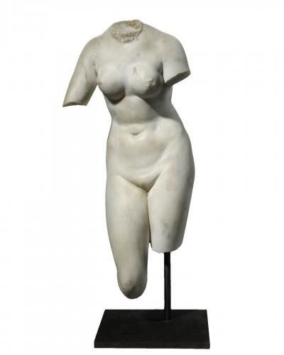 Torso of Venus inspired by the Medici Venus - neoclassical period