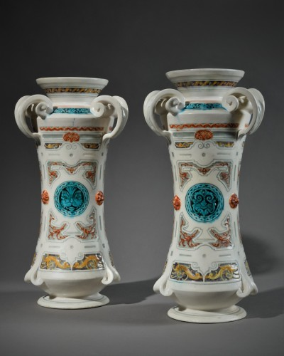 Theodore Deck – Paire of vase in the shape of albarelli  - Porcelain & Faience Style