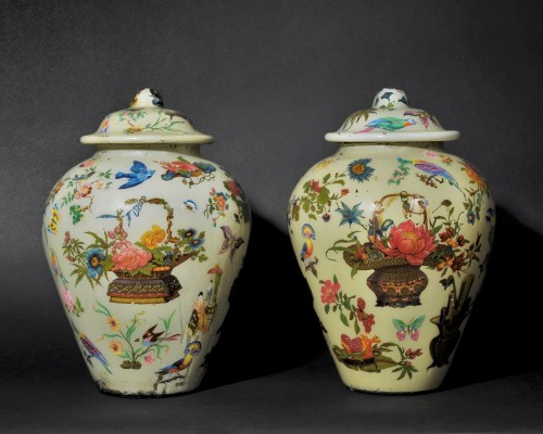 Pair of covered potiches with chinese decor - Early 19th Century - Glass & Crystal Style