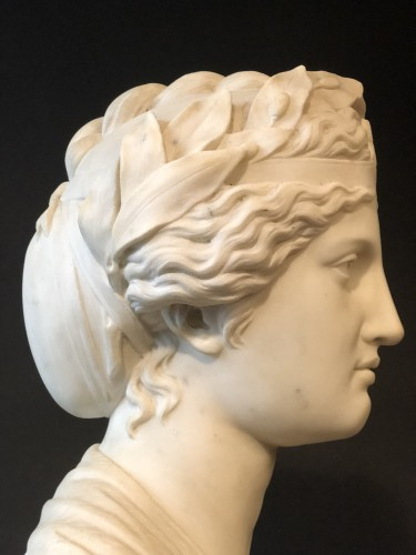 Marble bust representing the muse Urania - late 19th century   - Sculpture Style Napoléon III