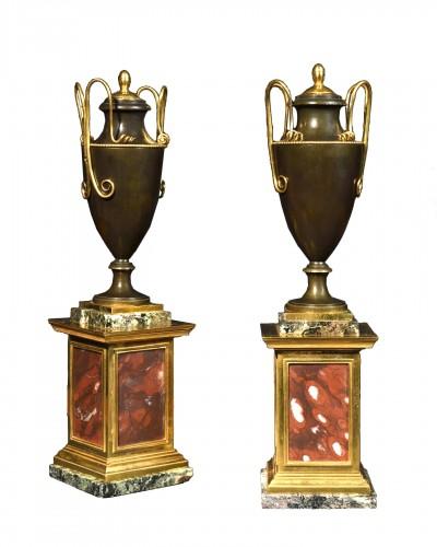 Pair of bronze covered vases - Empire period