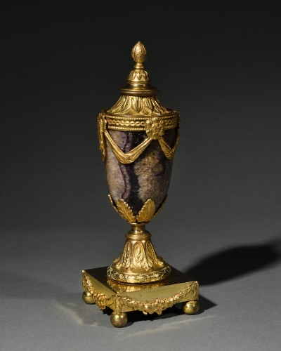 Ormolu and fluorspar cassolette - Matthew Boulton (1728-1809) - Decorative Objects Style Louis XVI