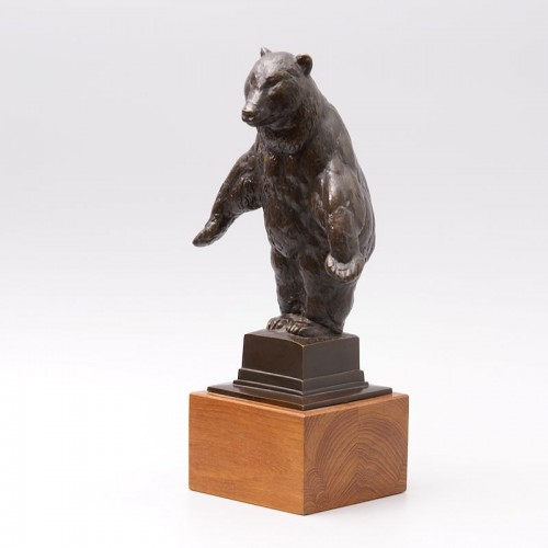 Standing Bear - August GAUL - Sculpture Style Art nouveau