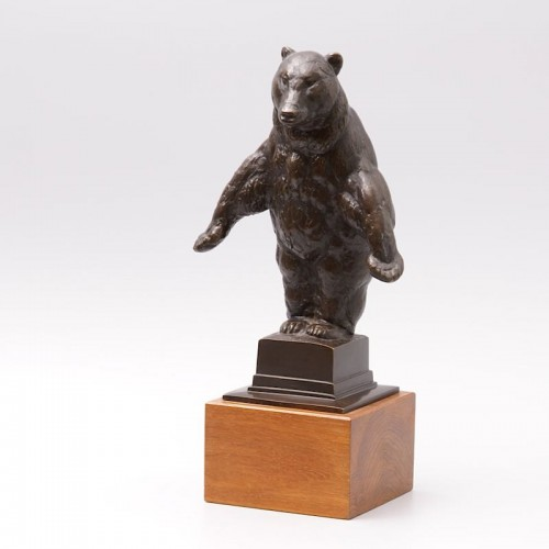 Sculpture  - Standing Bear - August GAUL