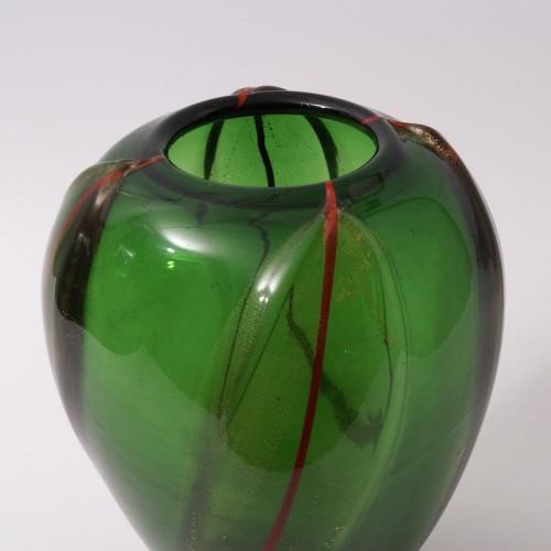 20th century - Vittorio Dona - Glass Vase by S.A.I.A.R. Ferro Toso in Murano