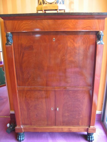 Drop front secretaire of Consulat period