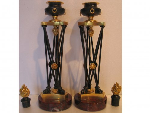 Pair of bronze candlesticks in Athenian circa 1800 - Lighting Style