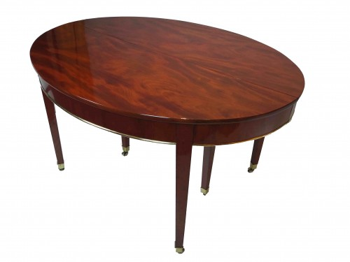 Oval mahogany dining table, Directoire / Consulate period