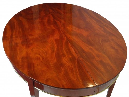 Oval mahogany dining table, Directoire / Consulate period -