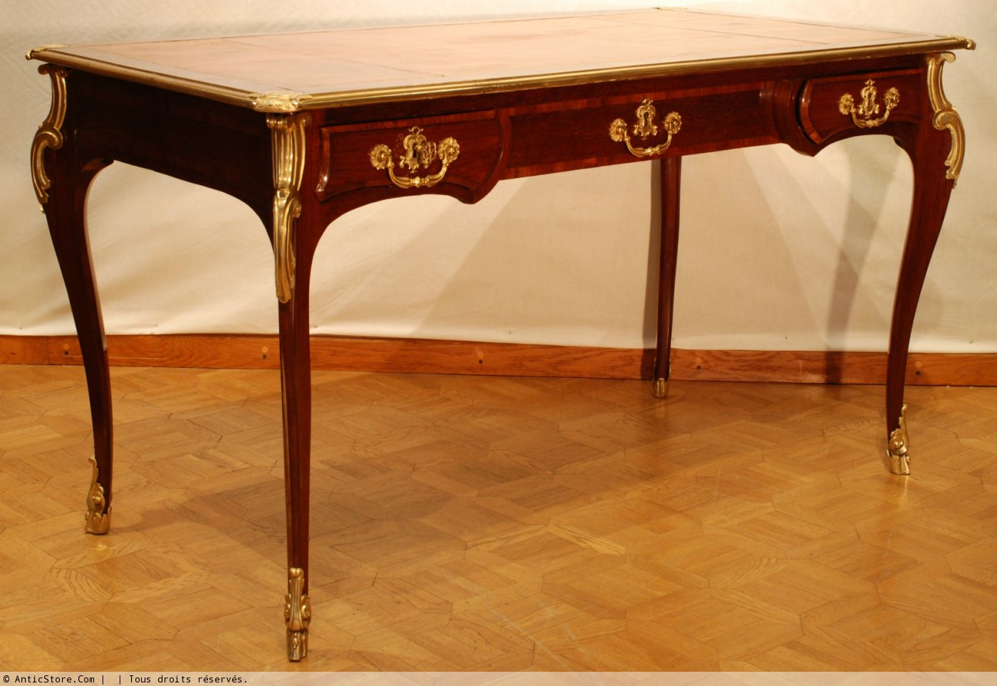 A louis xv bureau plat attributed to balthazard lieutaud for Bureau louis xv