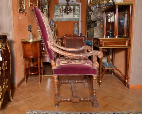 Seating  - Beautiful pair of french Louis XIV armchairs