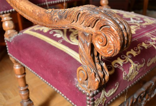 Beautiful pair of french Louis XIV armchairs -