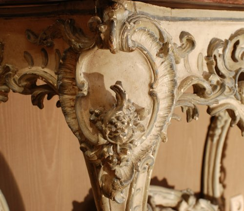 A french Louis XV console - Louis XV
