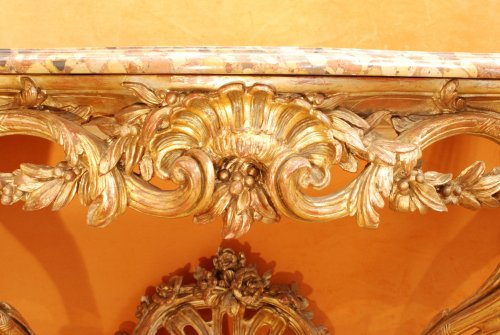 18th century - A french Transition giltwood console 18th century