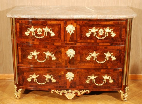 Antiquités - A french Louis XIV kingwood ormolu mounted commode