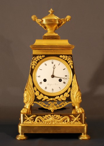 "Antiquités - A french Empire period clock ""Héraclès"""
