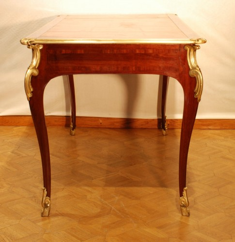 Furniture  - A French Louis XV desk
