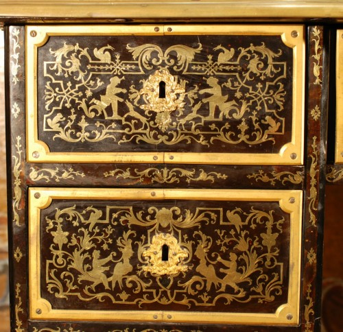 A French Boulle Régence Writing Desk - French Regence