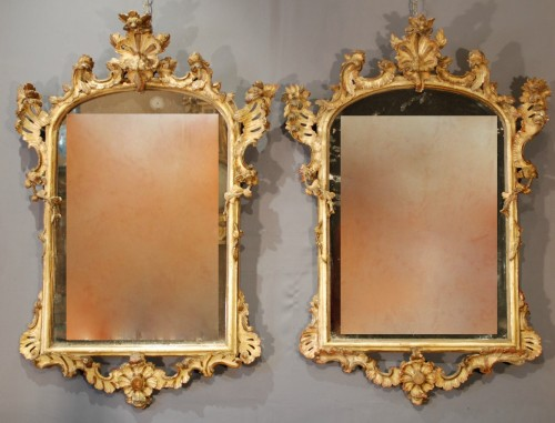 An italian pair of mirrors 18th century - Mirrors, Trumeau Style Louis XV