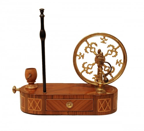 A french Louis XVI spinning wheel