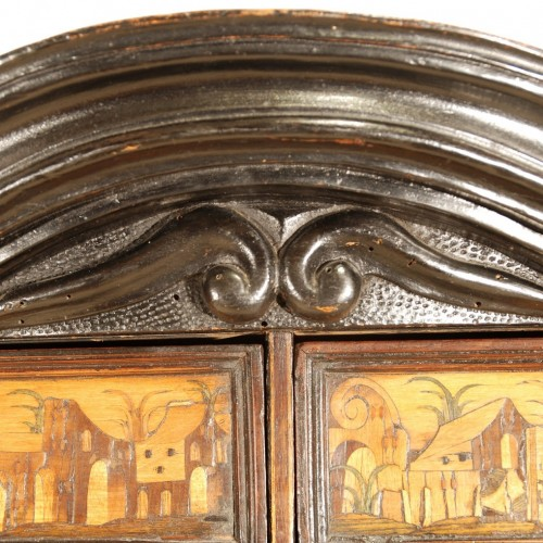 Furniture  - A Italian 17th century cabinet
