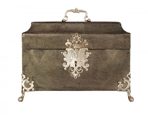 An english box early 18th century