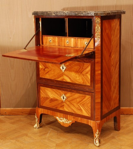 Furniture  - A small french Transition secretaire 18th century