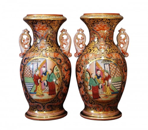 Pair of Bayeux pocelain vases 19th century