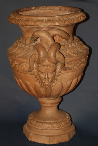 A french terracotta Neo-Classical Vase - Decorative Objects Style Louis XVI