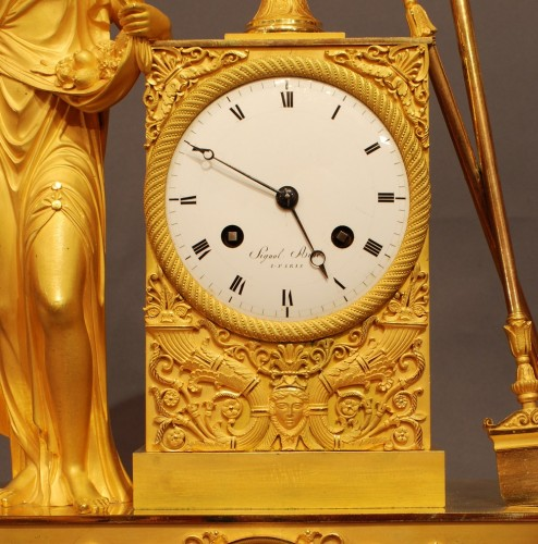 Flora. A french ormolu Empire period clock - Clocks Style Empire