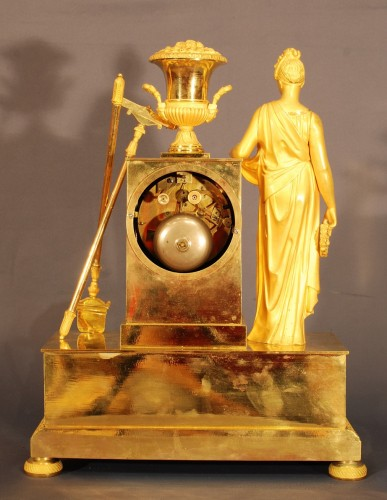 19th century - Flora. A french ormolu Empire period clock