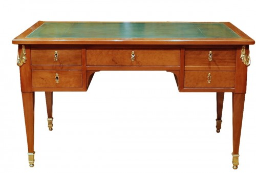 A french Louis XVI mahogany Bureau-plat 18th century