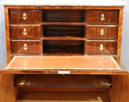 Furniture  - A french Louis XIV secretaire