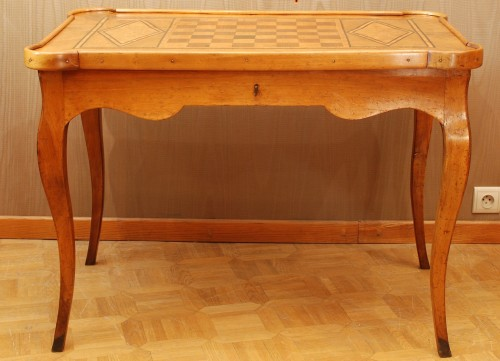 18th century - A french Louis XV game table