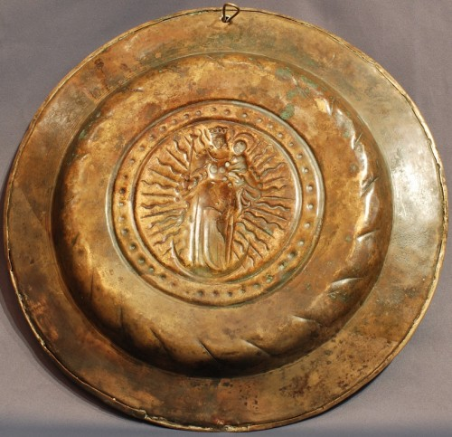 two offering plates Flemish 16th century -