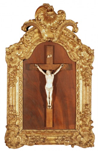 An ivory Christ and gilded wooden frame 18th century