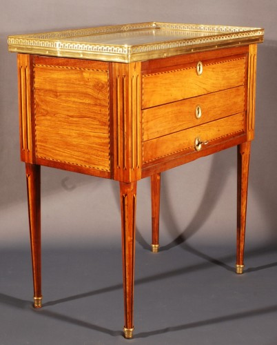 18th century - A small french Louis XVI Table stamped Bircklé