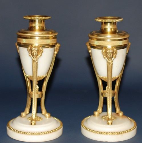 A french Louis XVI style pair of cassolettes - Decorative Objects Style Napoléon III